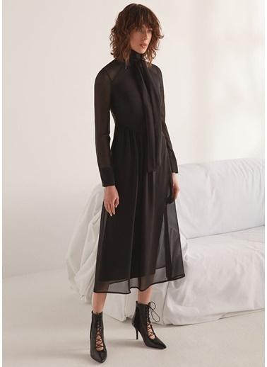 Beymen Collection Yakası Bağlamalı Dantelli Midi Abiye Elbise Siyah